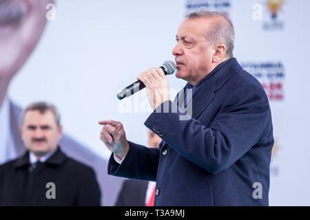 Turkish President Recep Tayyip Erdogan speaks at 31 March Local Election Meeting, 30 March 2019 Bagcilar, Istanbul - Turkey - Stock Photo
