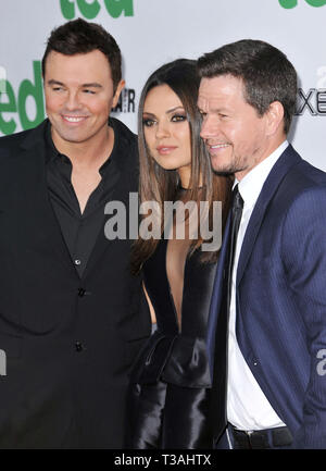Mark Wahlberg, Mila Kunis, Seth Mcfarlane   at  Ted Premiere at the Chinese Theatre In Los Angeles.a Mark Wahlberg, Mila Kunis, Seth Mcfarlane  07  Event in Hollywood Life - California, Red Carpet Event, USA, Film Industry, Celebrities, Photography, Bestof, Arts Culture and Entertainment, Topix Celebrities fashion, Best of, Hollywood Life, Event in Hollywood Life - California, Red Carpet and backstage, movie celebrities, TV celebrities, Music celebrities, Topix, actors from the same movie, cast and co star together.  inquiry tsuni@Gamma-USA.com, Credit Tsuni / USA, 2012 - Group, TV and movie c - Stock Photo