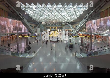transit hall, Doha airport, Qatar - Stock Photo