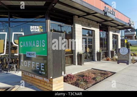Trove Cannabis recreational and medical marijuana shop on Samish Way, Bellingham, Washington state, USA - Stock Photo