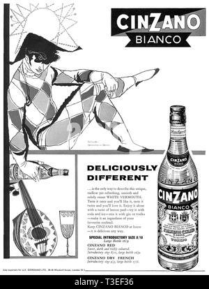 1959 British advertisement for Cinzano Bianco vermouth. - Stock Photo