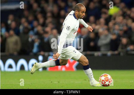 London, UK. 09th Apr, 2019. Lucas Moura of Tottenham Hotspur in action. UEFA Champions league match, quarter final, 1st leg match, Tottenham Hotspur v Manchester City at The Tottenham Hotspur Stadium in London on Tuesday 9th April 2019. this image may only be used for Editorial purposes. Editorial use only, license required for commercial use. No use in betting, games or a single club/league/player publications . pic by Steffan Bowen/Andrew Orchard sports photography/Alamy Live news Credit: Andrew Orchard sports photography/Alamy Live News - Stock Photo