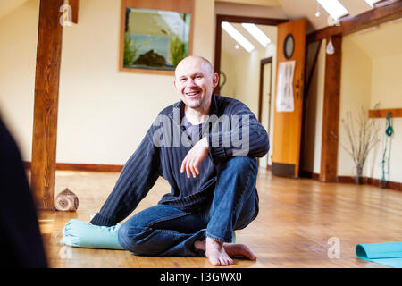 Prague, Czech Republic, March 31, 2019: Sasa Hendruk, legendar Czech spiritual teacher talking in Dayal studio in Prague - Stock Photo
