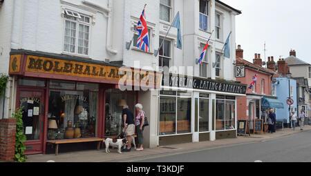 Molehall Antiques, High Street, Aldeburgh, Suffolk, UK - Stock Photo