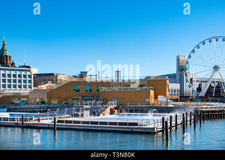 Allas Sea Pool on the waterfront in the centre of Helsinki has both a warm water and a sea water swimming pool. Finland, Europe - Stock Photo