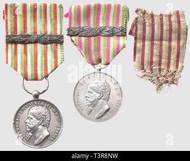 Médaille pour l'Indépendance, en argent, signée 'SJ', barrette '1848'. On joint un autre exemplaire de Demetrio Canzani, avec barrette '1866', Additional-Rights-Clearance-Info-Not-Available - Stock Photo