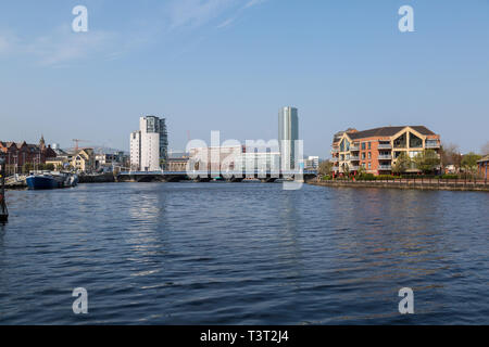 View looking up the River Lagan in Belfast Northern Ireland. - Stock Photo