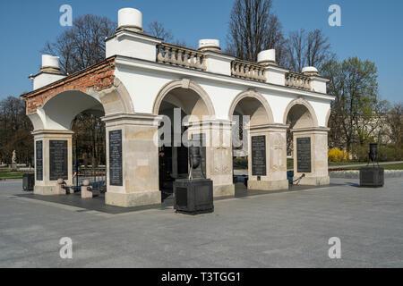 Warsaw, Poland. April, 2019.    the tomb of the unknown soldier in Marszałka Józefa Piłsudskiego square - Stock Photo