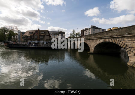 Folly Bridge across the river Thames at Oxford, Oxfordshire,Britain - Stock Photo