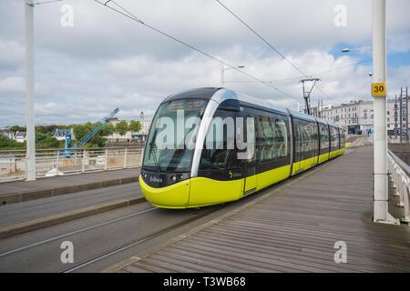 Brest, Tramway, Linie A, Pont de Recouvrance - Stock Photo