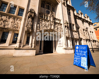 Entrance, Supreme Court of the United Kingdom, Parliament Square, Westminster, London, England, UK, GB. - Stock Photo