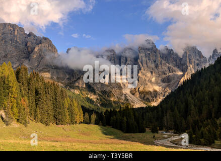 Val Vinegia, a small valley just below the high altitude pass of Passo Rolle in the Pale di San Martino group, Dolomites, Italy. taken about 1 hour be - Stock Photo