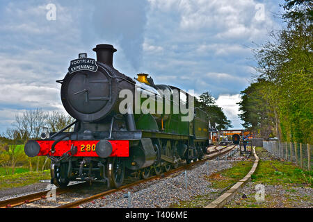The Gloucester Warwickshire Steam Railway.Engine 2807(a 28xx' class heavy freight locomotive,blt1905) is a  2-8-0 engine,here used for a footplate day - Stock Photo