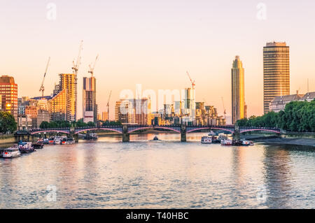 LONDON, UNITED KINGDOM, 16 SEPTEMBER 2018: View of the Thames at sunset - Stock Photo