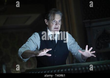 KYLE MACLACHLAN in THE HOUSE WITH A CLOCK IN ITS WALLS (2018). Credit: AMBLIN ENTERTAINMENT / Album - Stock Photo