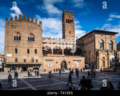 Palazzo Re Enzo and Torre dell'Arengo in Bologna Italy. The Palazzo Re Enzo built between 1244-1246 as an extension of the nearby Palazzo del Podestà - Stock Photo