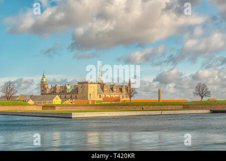 Kronborg castle made famous by William Shakespeare in his play about Hamlet situated in the Danish harbour town of Helsingor. - Stock Photo