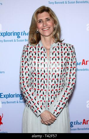 New York, NY, USA. 12th Apr, 2019. Susan Benedetto at arrivals for Exploring the Arts 20th Anniversary Gala, Hammerstein Ballroom, New York, NY April 12, 2019. Credit: Steve Mack/Everett Collection/Alamy Live News - Stock Photo