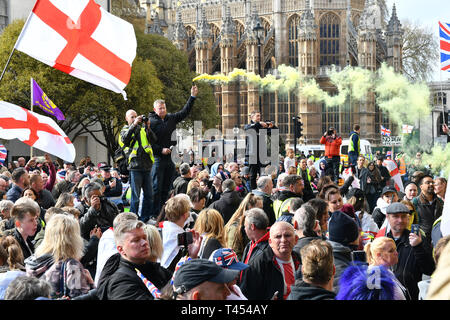 London, England, UK, 13 April 2019. Yellow vest demonstrate against the UK government's no deal leaving the European Union. Credit: Picture Capital/Alamy Live News - Stock Photo