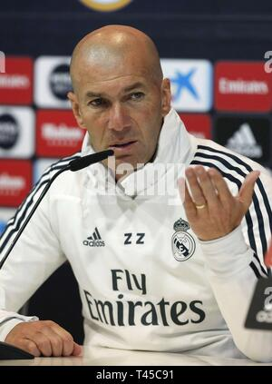Madrid, Spain. 14th Apr, 2019. Real Madrid's head coach, Zinedine Zidane, addresses a press conference after he led a team's training session at Valdebebas sport complex, in Madrid, Spain, 14 April 2019. The team prepares its LaLiga game against Leganes on 15 April. Credit: Paco Campos/EFE/Alamy Live News - Stock Photo