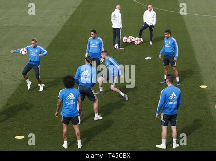 Madrid, Spain. 14th Apr, 2019. Real Madrid trains at Valdebebas sport complex, in Madrid, Spain, 14 April 2019. The team prepares its LaLiga game against Leganes on 15 April. Credit: Paco Campos/EFE/Alamy Live News - Stock Photo