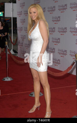LOS ANGELES, CA. June 18, 2003: Actress CINDY MARGOLIS at the Hollywood premiere of  Charlie's Angels: Full Throttle. - Stock Photo