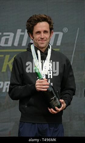 Brighton ,England UK April 14th 2019. Peter Le Grice, Wins the tenth brighton marathon with a PB of 2.18.04 breaking the course record. - Stock Photo