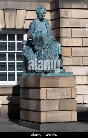 Bronze statue of enlightenment philosopher David Hume by Scottish sculptor Alexander Stoddart on the Royal Mile in Edinburgh, Scotland, UK - Stock Photo