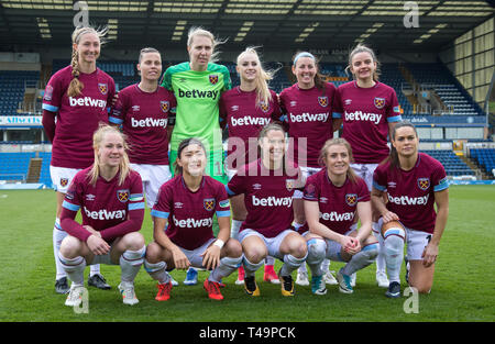 High Wycombe, UK. 14th Apr, 2019. West Ham United women pre match team photo (back row l-r) Brroke Hendrix, Gill Flaherty, Goalkeeper Anna Moorhouse, Alisha Lehmann, Erin Simon and Jane Ross (front row l-r) Lucienne Reichardt, Cho So-Hyun, Jane Ross, Kate Longhurst & Claire Rafferty during the Women's FA Cup Semi-Final match between Reading Women and West Ham United at Adams Park, High Wycombe, England on 14 April 2019. Credit: Action Foto Sport/Alamy Live News - Stock Photo