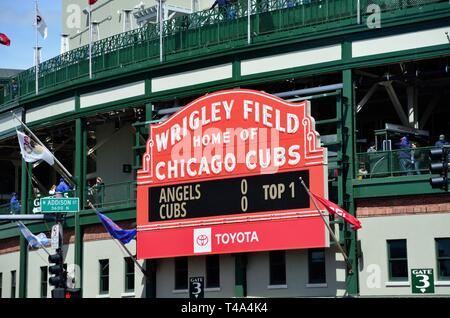 Chicago, Illinois, USA. The famous and classic red marquee above the main entrance to iconic Wrigley Field, home of the Chicago Cubs. - Stock Photo
