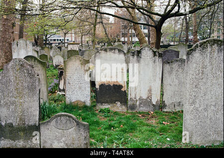 Bunhill Fields burial ground in the London Borough of Islington, London UK - Stock Photo