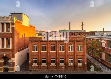 Leipzig Plagwitz, Blick über alte Industriegebäude von der Weißenfelser Straße aus
