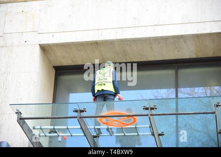 London, UK. 15th Apr, 2019. Climate change protesters from Extinction Rebellion take their protest to the head quarters of Shell Petroleum.Credit: Claire Doherty/Alamy Live News - Stock Photo