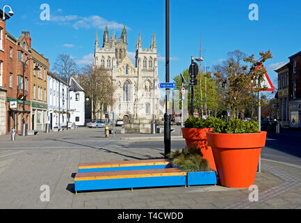 Selby Abbey, and street furniture, North Yorkshire, England UK - Stock Photo
