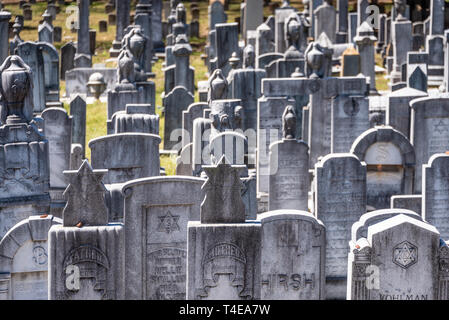 Grave markers in the Jewish Section of Historic Oakland Cemetery in Atlanta, Georgia. (USA) - Stock Photo