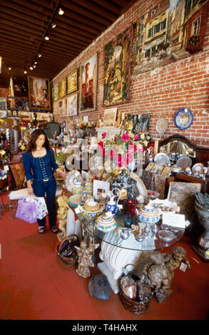 California Ventura Main Street shopping - Stock Photo