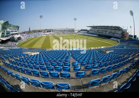 Emerald Headingley Stadium, Leeds, West Yorkshire, 17th April 2019.   General Stadium view of the Emerald Headingley Stadium as it under goes a mult-million pound redevelopment of the north stand during the Royal London One Day Cup match Yorkshire Viking vs Leicestershire Foxes at Emerald Headingley Stadium, Leeds, West Yorkshire.   Credit: Touchlinepics/Alamy Live News - Stock Photo