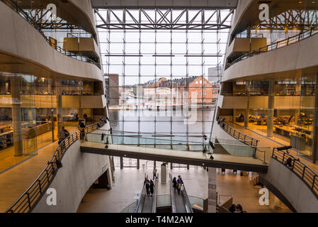 Black Diamond building, a modern waterfront extension to the Royal Danish Library's old building on Slotsholmen in central Copenhagen, Denmark - Stock Photo