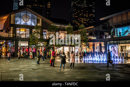 22 november 2017, Chengdu Sichuan China : Nightscape of Sino-Ocean Taikoo Li neighborhood of Chengdu modern city in Sichuan China - Stock Photo