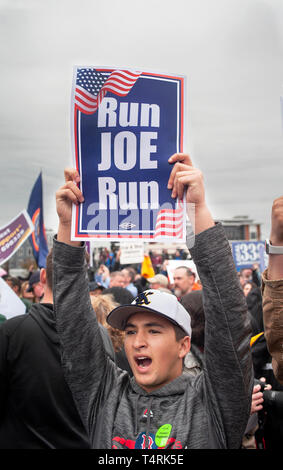 Dorchester, Massachusetts, USA. 18th April, 2019. Former U.S. vice president and possible 2020 Democratic presidential candidate, Joe Biden, spoke to over 1,000 striking grocery store workers.  Photo shows a self-proclaimed Biden fan in the crowd during speech. Credit: Chuck Nacke/Alamy Live News - Stock Photo