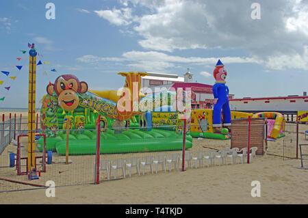 Amusement Baloon Beach, Gt Yarmouth, Norfolk - Stock Photo