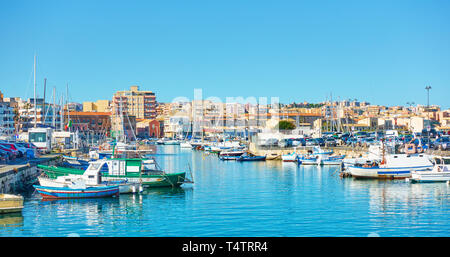 Yachts and fishing boats in the port of Syracuse, Sicily, Italy - Stock Photo