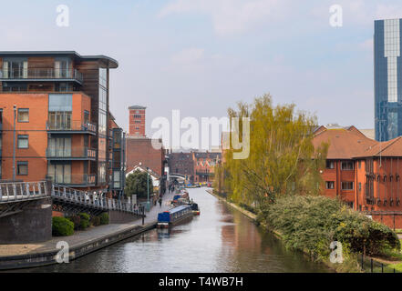Waterfront apartments along the Worcester and Birmingham Canal viewed from the Mailbox, Birmingham, West Midlands, England, UK - Stock Photo