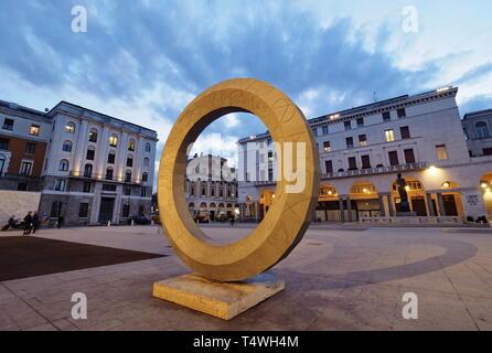 BRESCIA, 8 march 2018: A modern sculpture in Piazza della Vittoria, Brescia, Lombardy, Italy. - Stock Photo