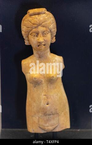 muñeca de mafil, Museo-Centro de Interpretación del parque arqueológico de Segóbriga, Saelices, Cuenca, Castilla-La Mancha, Spain. - Stock Photo