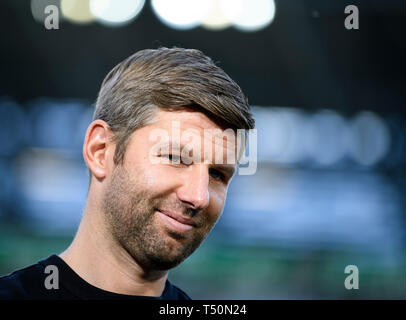 Augsburg, Germany. 20th Apr, 2019Augsburg, Germ, any, 20th April, 2019. Sport Board Thomas Hitzlsperger (VfB Stuttgart). GES/Soccer/1st Bundesliga: FC Augsburg - VFB Stuttgart, 20.04.2019 - Football/Soccer 1st Division: FC Augsburg vs VFB Stuttgart, Augsburg, Apr 20, 2019 - DFL regulations prohibit any use of photographs as image sequences and/or quasi-video. | usage worldwide Credit: dpa picture alliance/Alamy Live News Credit: dpa picture alliance/Alamy Live News - Stock Photo