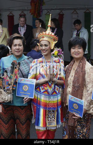 New York, USA. 20th Apr, 2019. Woodside Avenue, New York, USA, April 20, 2019 - Hundreds of members of the Thai community of New York celebrated Songkran, or Thai New Year today in Elmhurst Queens with traditional dance groups, traditional Food and Thai music.Photo: Luiz Rampelotto/EuropaNewswire Credit: Luiz Rampelotto/ZUMA Wire/Alamy Live News - Stock Photo