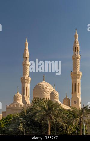 UAE, Dubai, Dubai Marina, Jumeirah Mosque - Stock Photo