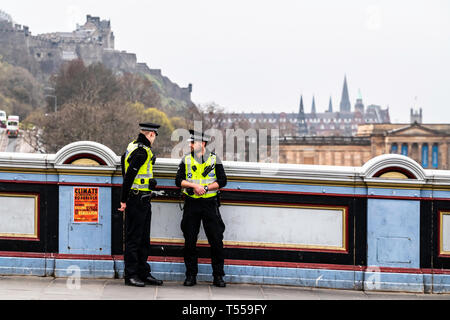 Edinburgh, Scotland, UK. 16th April 2019. Extinction Rebellion protestors shut the North Bridge, a main artery in Edinburgh's transport system. 200 pe - Stock Photo