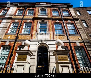 Royal Society for Public Health RSPH John Snow House 59 Mansell Street London - Stock Photo